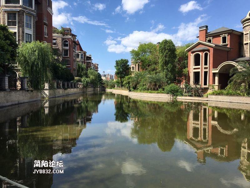 簡陽東方威尼斯花園洋房現房實景拍攝