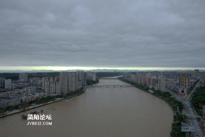 2020年洪峰中的简阳城区