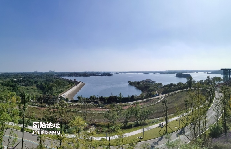 三岔湖全景